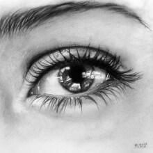 ojo a lapiz realista