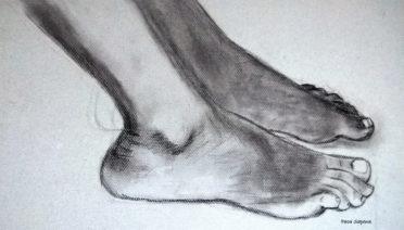 dibujos de pies realistas